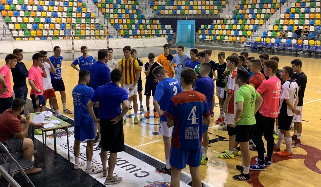 Jornada de captación de jugadores en el Alarcos-Salesianos Fútbol Sala